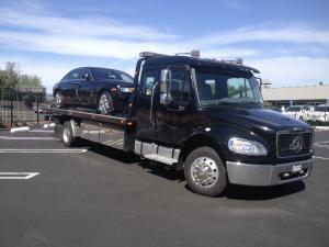 Calderon Tow & Auto - Albany, CA